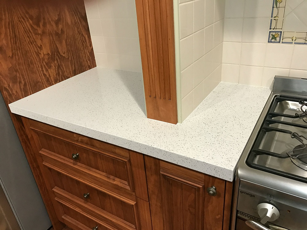 Quartz benchtop accurately scribed