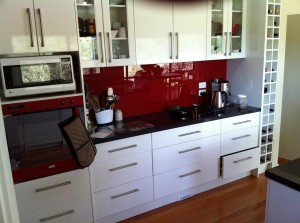 Black and Red Counter
